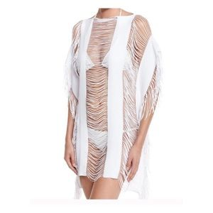 Other - ⭐️⭐️White CoverUp